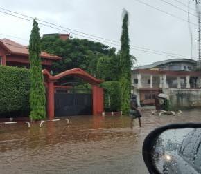 Ces catastrophes qui ont ôté le cache-sexe de Conakry